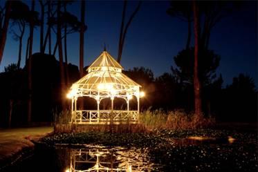 Boschendal presents a full moon picnic