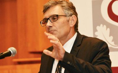 Maties reappoints Prof Wim de Villiers as Vice-Chancellor